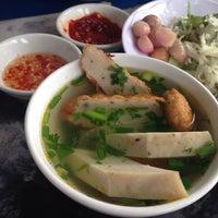 Photo taken at Bún chả cá Quy Nhơn by Sonamu on 5/11/2014