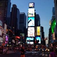 Das Foto wurde bei W New York - Times Square von Dmitry am 6/17/2013 aufgenommen