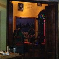 Foto diambil di 500 Noches Cafe-bar oleh Seonghee L. pada 5/13/2013