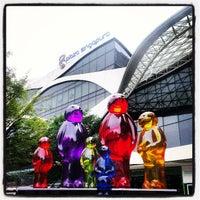 Photo taken at Plaza Singapura by Guntapong B. on 6/25/2013