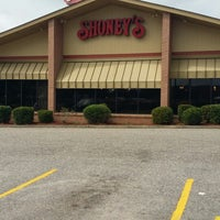 Photo taken at Shoney's by Renee P. on 8/10/2014