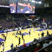 Photo taken at Alaska Airlines Arena by Eric L. on 2/14/2013