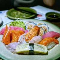Photo taken at Poke Sushi by Daisy C. on 8/26/2015
