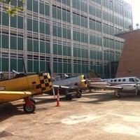 Das Foto wurde bei Aviation High School von Gil L. am 6/18/2013 aufgenommen