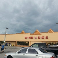 Photo taken at Winn-Dixie by Robbie W. on 8/7/2014