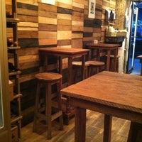Foto tomada en Piccolo Cafe por andra el 10/23/2012