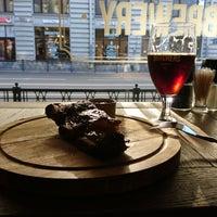 Снимок сделан в United Butchers grill bar пользователем Fesko 7/30/2017