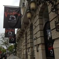 Photo prise au Stage Theater des Westens par Marina P. le5/14/2013