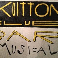 Das Foto wurde bei Koitton Club von Aina V. am 3/16/2013 aufgenommen