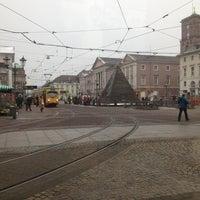 Photo taken at H Marktplatz by Luiz Henrique S. on 2/25/2013