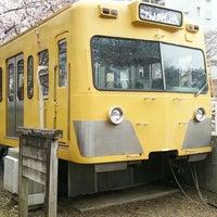 3/29/2015にふじ 河.がくめがわ電車図書館で撮った写真