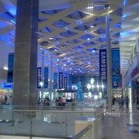 Foto tomada en Mall Multiplaza Pacific por Miguel N. el 12/7/2012