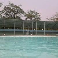 รูปภาพถ่ายที่ Kolam Renang Gelanggang Sunter โดย Teguh S. เมื่อ 9/18/2012