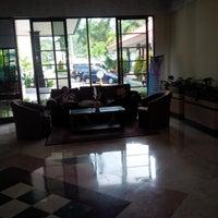 Photo taken at Grage Sangkan Hotel & Spa by ryos y. on 4/11/2016