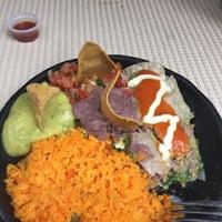 Foto tomada en Restaurante Riviera Maya por Catuai C. el 4/23/2015