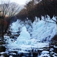 Photo taken at 비슬산자연휴양림 by soo 물안경 on 1/4/2015