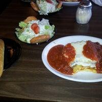 Foto tomada en Mr. G's Restaurant por Jessica A. el 9/9/2012
