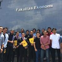 Photo taken at Fakultas Ekonomi Unsyiah by Ikramullah M. on 8/12/2016