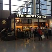 Photo taken at Starbucks by joyman W. on 4/26/2013