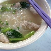 Photo taken at Restoran Fai Kee by Nicc L. on 11/25/2012