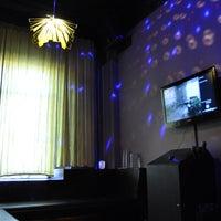 Photo taken at Voicebox Karaoke - NW Portland by Voicebox Karaoke - NW Portland on 6/26/2014