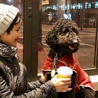 Das Foto wurde bei Starbucks von Richard B. am 1/26/2018 aufgenommen