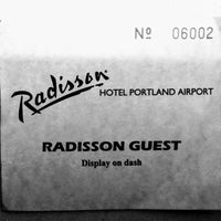 Photo taken at Radisson Hotel Portland Airport by Steep B. on 5/27/2017