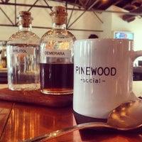 Foto tomada en Pinewood Social por Chase P. el 4/13/2014