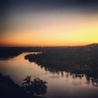 Photo prise au Covert Park at Mt. Bonnell par Brandon R. le12/12/2012