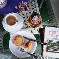 Photo taken at Renkli Pasta & Cafe by Sümeyye Y. on 12/6/2014