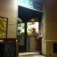 Photo taken at O'que faltaba by Manu on 1/28/2013