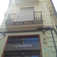 Foto tirada no(a) La Pilareta. La Casa De Les Cloxines por Mariano A. em 5/24/2015