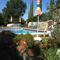 Photo taken at Villa Le Capanne by SirCambiozzi on 10/6/2012