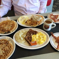 Photo taken at Waffle House by Maura D. on 1/13/2015