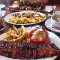 Foto tomada en Texas Ribs® por Eder G. el 7/20/2015