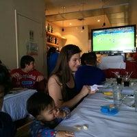 Foto scattata a Frank's Pizza House da Jijesh D. il 6/14/2014