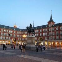 Foto tomada en Plaza Mayor por 🌎📷🍴 el 4/17/2013