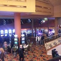 Foto tirada no(a) Casino del Hipódromo de Palermo por Candela B. em 9/21/2013