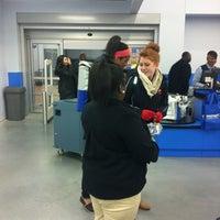 Das Foto wurde bei Walmart Supercenter von Ciji T. am 1/23/2013 aufgenommen
