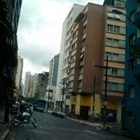 Foto tirada no(a) Rua Rego Freitas por Sylvio M. em 12/17/2012