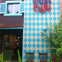 Photo taken at Sofá Café by lincoln p. on 11/27/2012