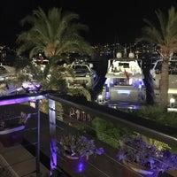 Photo prise au Marmarina Saraylı Restaurant Ottoman Cuisine par Necla U. le7/23/2017