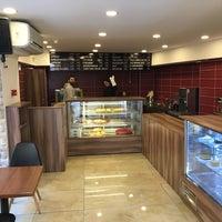 Photo prise au Caffe Notte par Canöz Hayri D. le2/2/2017