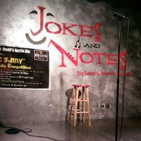 Photo taken at Jokes And Notes Comedy Club by Walter C. on 7/6/2014