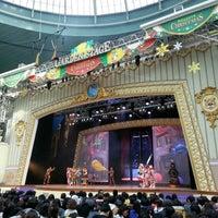Photo taken at Lotte World Garden Stage by 토마스 on 11/25/2012