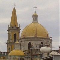 รูปภาพถ่ายที่ Mercado Pino Suarez โดย Adriana A. เมื่อ 7/23/2013