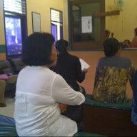 Photo taken at Sekretariat Kecamatan Gubeng by Nidhiya P. on 10/5/2012