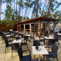 7/1/2014 tarihinde Gassho Sanxenxo Lounge Bar-Caféziyaretçi tarafından Gassho Sanxenxo Lounge Bar-Café'de çekilen fotoğraf