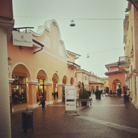 Fashion District - Mantova Outlet - 26 consigli da 2402 visitatori