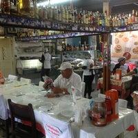 Foto tirada no(a) Galinhada do Bahia por Victor E. em 7/27/2013